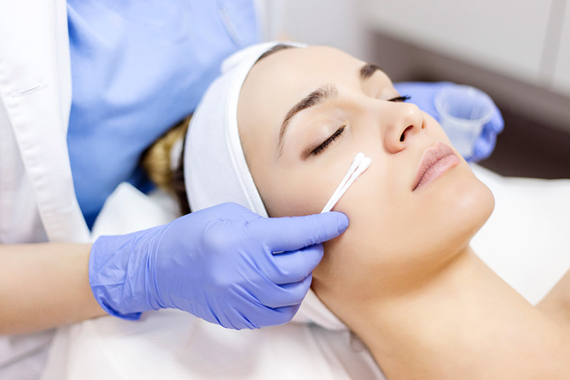 Woman getting Salicylic Treatment